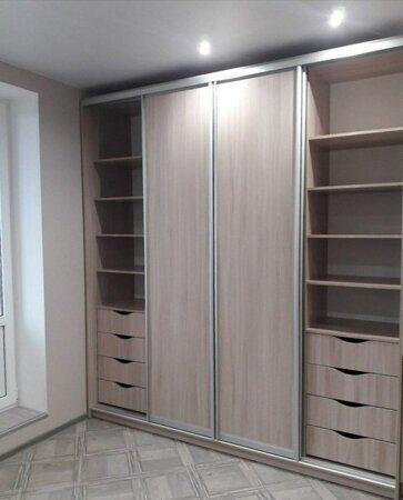 Шкаф-купе для гостиной4
